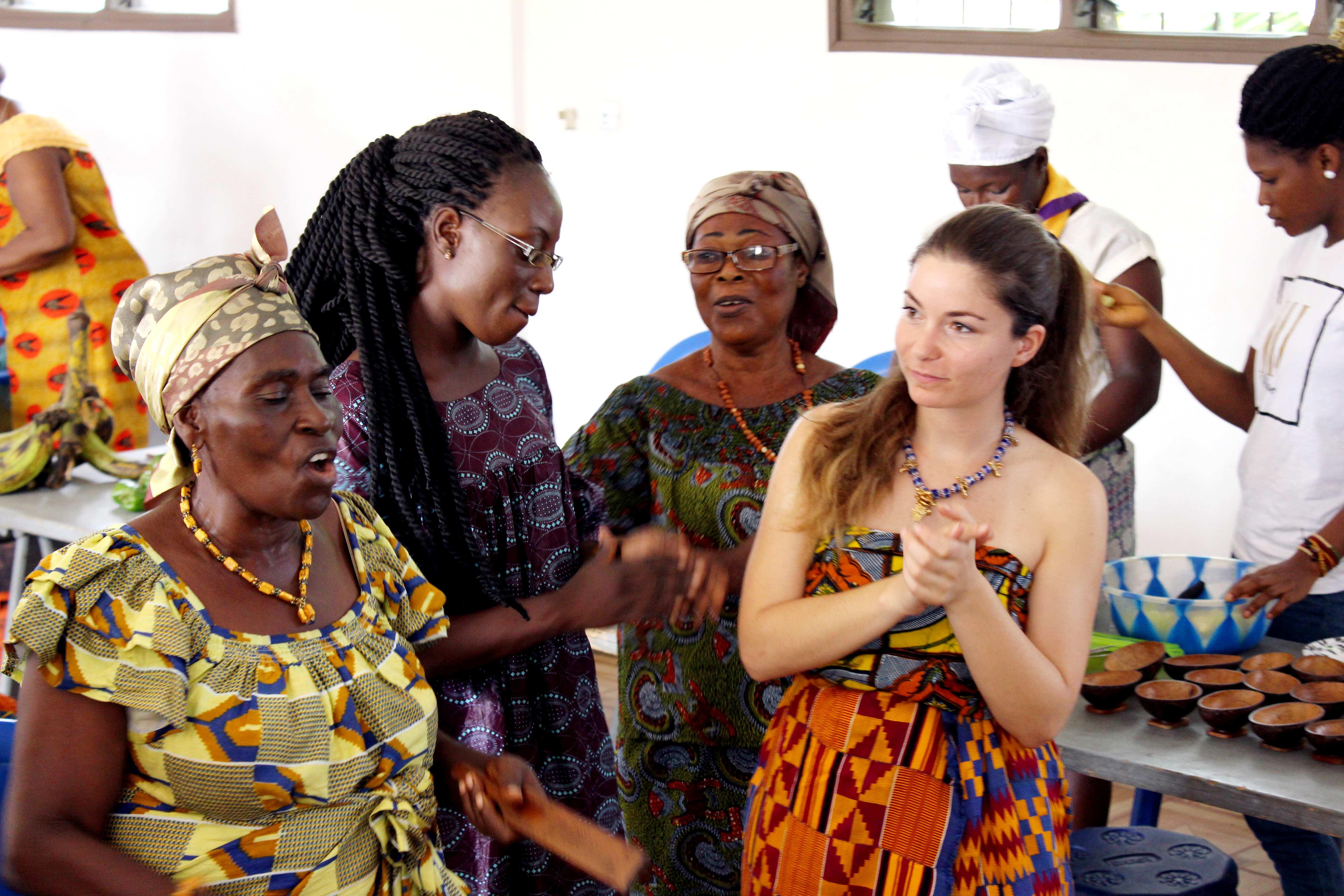 chants - Bénévolat et Tourisme Solidaire en Côte d'Ivoire : l'expérience de Sofia